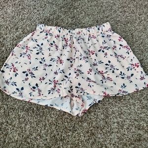 H&M Divided Pink Floral Print Flowy Shorts